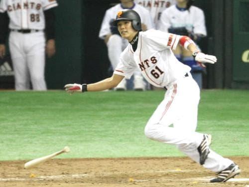プロ入り2年目にレギュラーを獲得する坂本勇人選手。